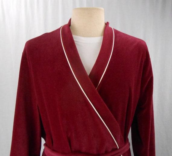 Vintage 1970's Robe by Vanity Fair