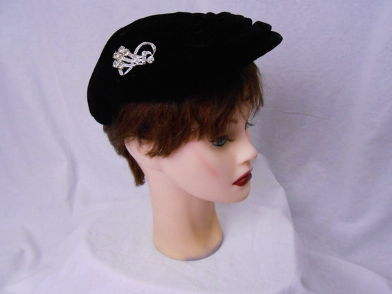 Vintage 1950's/60's Hat by Saks Fifth Avenue