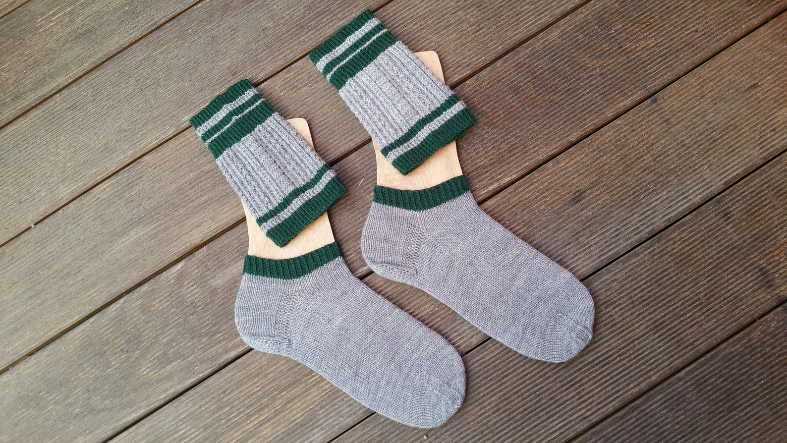 Handknitted socks Wool socks with calf warmers Loferl Men's cable pattern light gray dark blue Size EU 40/41 - US 8,5-9,5 - UK 6,5-7,5