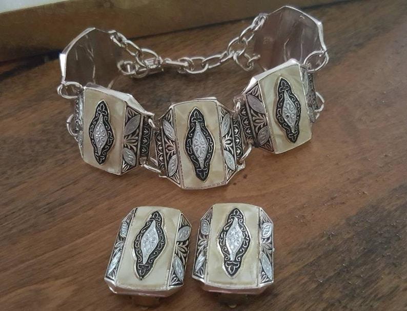 Germany Vintage Eloxal Lightweight aluminum bracelet and clip back earring set W