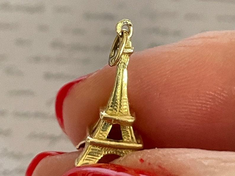 18k yellow gold Eiffel Tower charm pendant