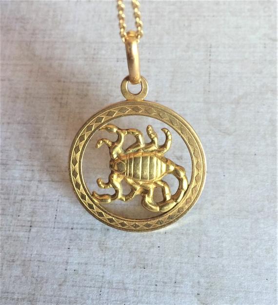 18k gold Scorpion horoscope zodiac pendant