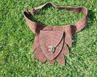 Hawanja suede sidebag leaf brown