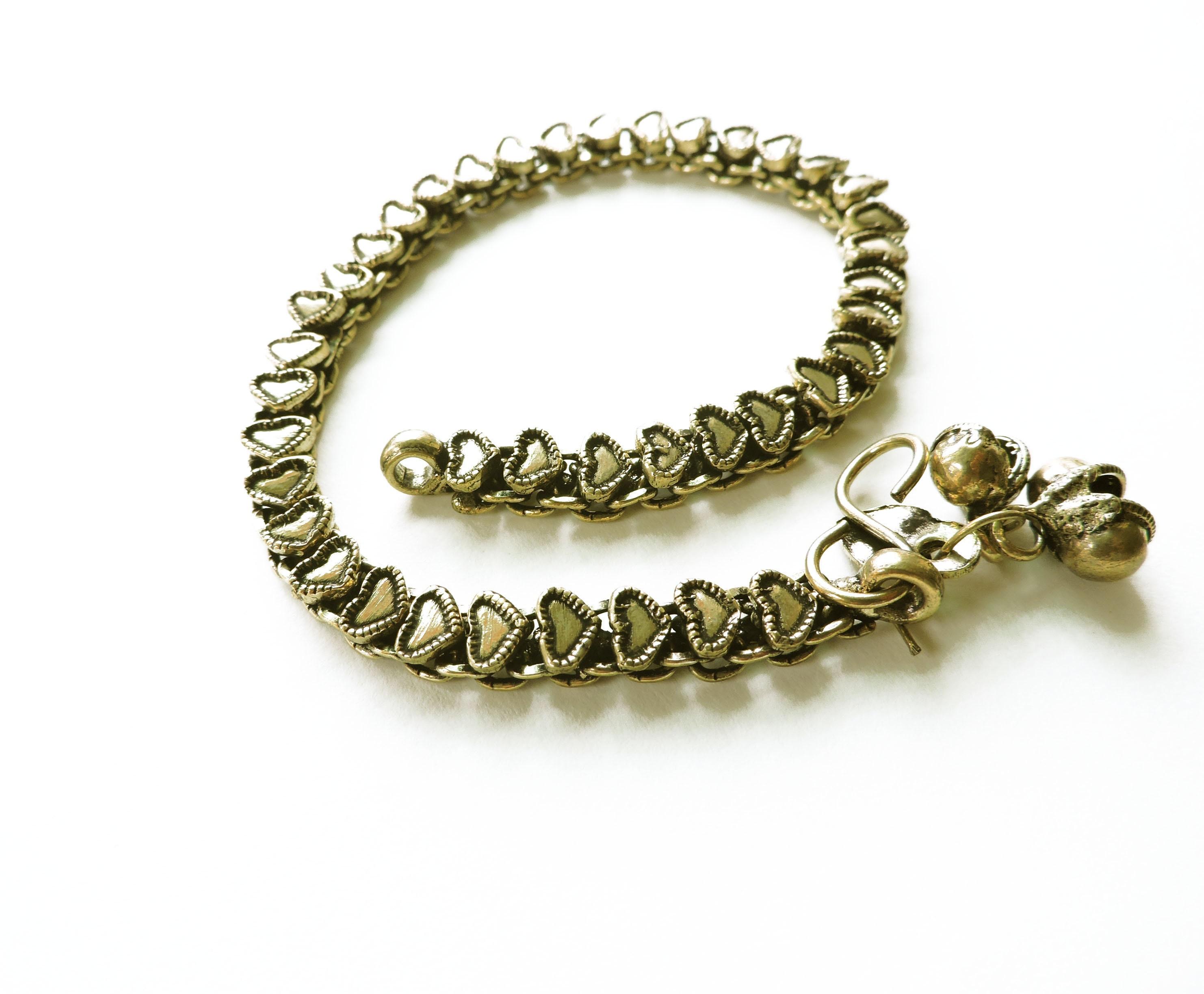 bracelet breloque coeur en laiton cha ne de cheville bracelet etsy. Black Bedroom Furniture Sets. Home Design Ideas