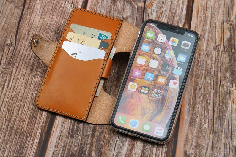 iPhone 11Pro max IPhone XXrXs MaxSE Leather case  Leather case Man or Women handmade Customized Handstitched name tags,iphone 12 mini