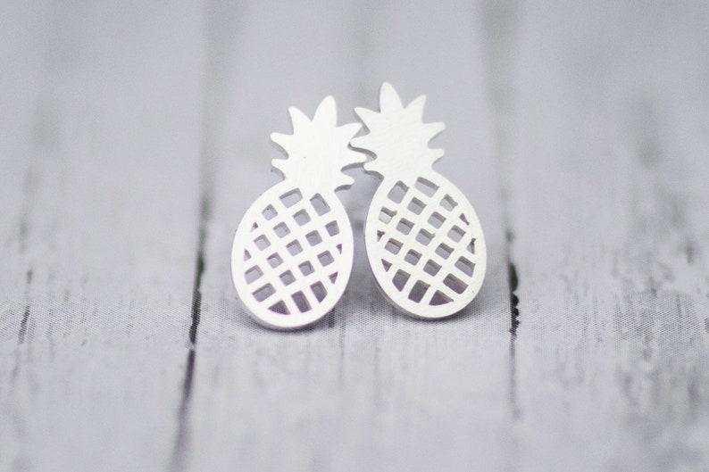 Stainless steel plug pineapple