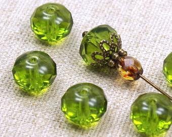 #8957 green 6mm Glasschliffperlen 100St