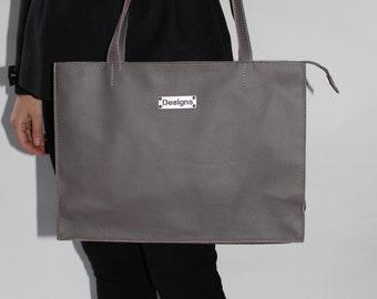 378c5e1d7981 Real leather handbag