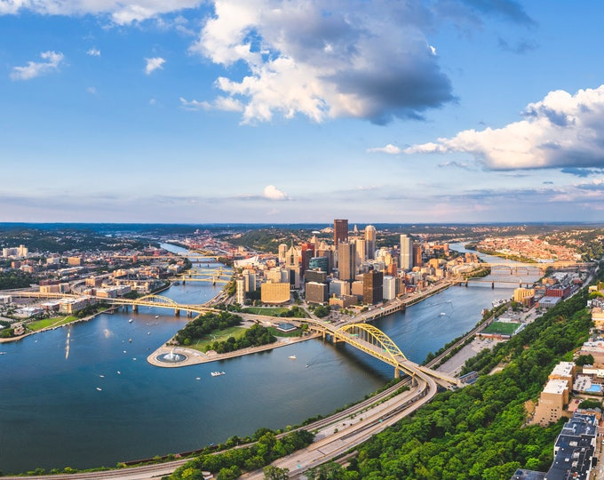 Pittsburgh Photograph - A Beautiful Summer Day in Pittsburgh - Pittsburgh Photo Print - Pittsburgh Art