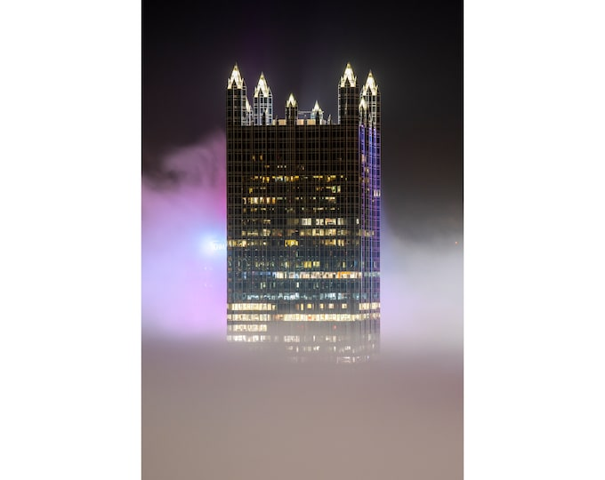 Pittsburgh Photo - PPG Place Surrounded by Fog