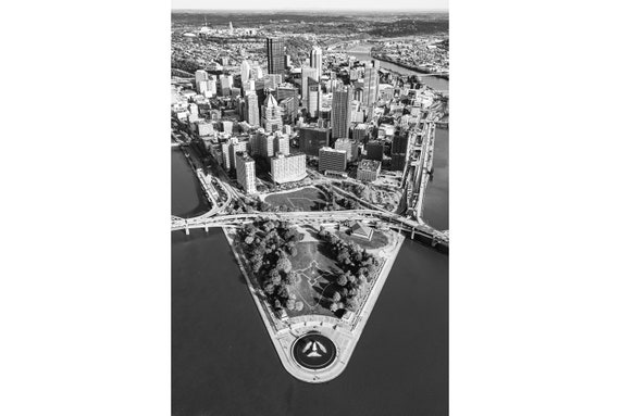 Pittsburgh and Point State Park in Black and White