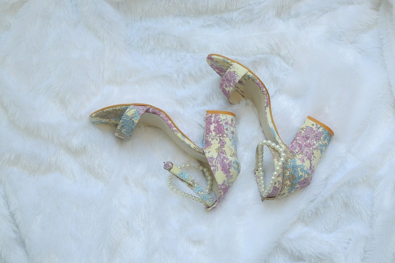a3a2bf9b0a0 Margarita Flower And Pearl Heels l Floral Block Heels