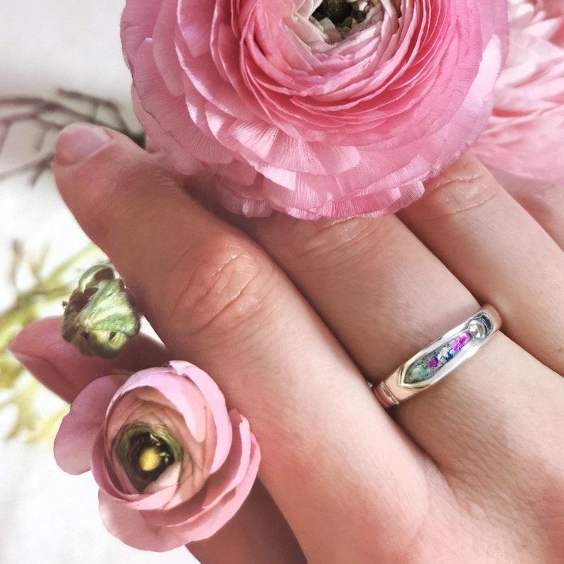 Sparkling Arrow Ring