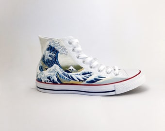 ed74106df68028 The great wave - Hand Painted converse - limited edition