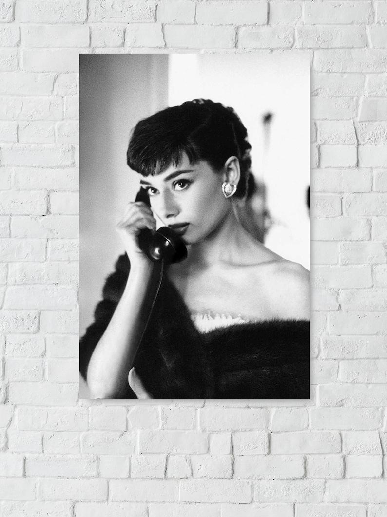 Poster Audrey Hepburn Movie Star Room Club Art Wall Cloth Print 515