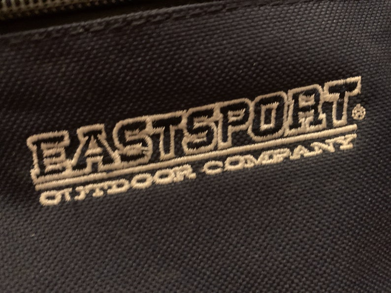 Eastport Outdoor Company Navy Blue Fanny Pack w Key Clip