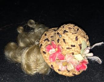 "Lot 12 VTG Pink 3/"" Miniature Natural Sinamay Woven Sun Hats Barbie Dolls Crafts"