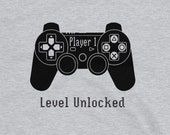 Gaming T Shirt for Men and Women, Player 1 Level Unlocked in Gray