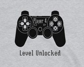 Gaming T Shirt for Men and Women, Player 4 Level Unlocked in Gray