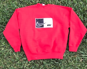 c331fdc7f5ad11 Vintage Bootleg Nike Sweatshirt ~ Size XL ~ Red