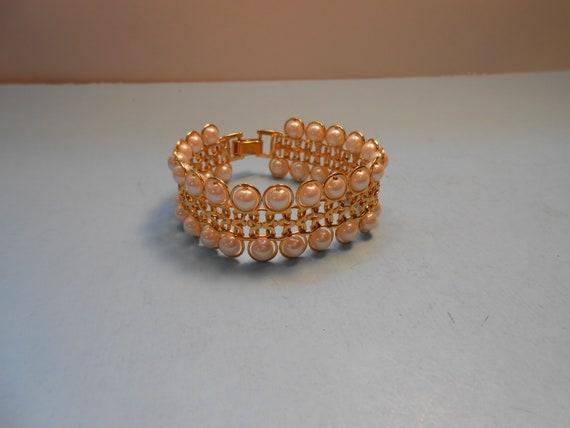 Vintage Avon Pearl and Gold Bracelet - image 1