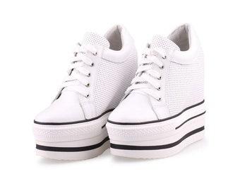 2d8d2dd2bd41 High Platform Shoes Custom 13 cm Wedge Hidden Heel Hide Heeled Sneakers High  Heel Sneakers Converse