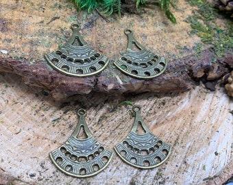 34x29mm Brass like Chandelier Earring Fans (4 pieces)