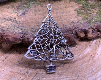 Large Metal Christmas Tree Pendant