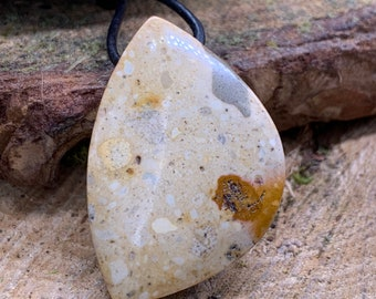 Rocky Butte 25x40 mm Free Form Pendant