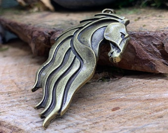 Wild Horse/Kelpie Head Pendant antique gold color