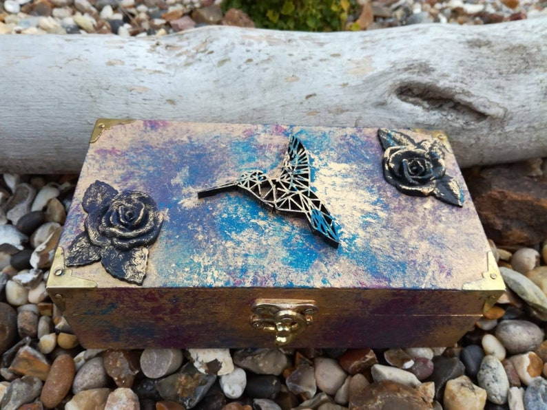 Beautiful vintage stye Jewellery box