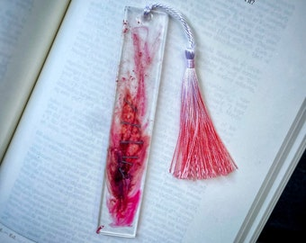 Extreme Horror bookmark, Halloween resin bookmark, gift for horror fan, blood and scars bookmark, Halloween bookmarks, horror aesthetic