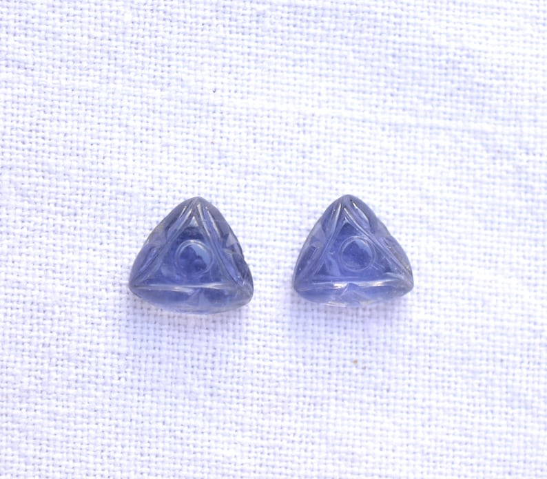 8mm #AR9438 Matched Pair Dainty Iolite Carving Gemstone Gemstone Engraving Hand Carved Iolite Carving Pairs Iolite Earring Pairs