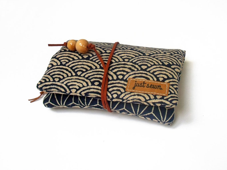 Tobacco Bag/Revolving Bag Waves Indigo Seigaiha image 0