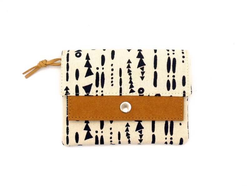 Small Wallet Pattern  Cream image 0