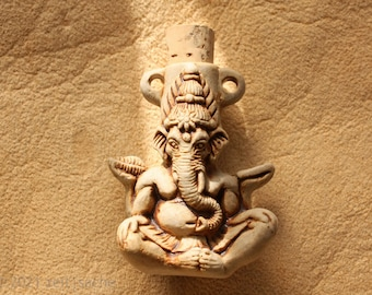 From 34.90 Euro: Ceramic Pendant Ganesha Ceramic Bottle Indian Elephant God for Happiness Wealth Learn Vials Ceramic Jewelry