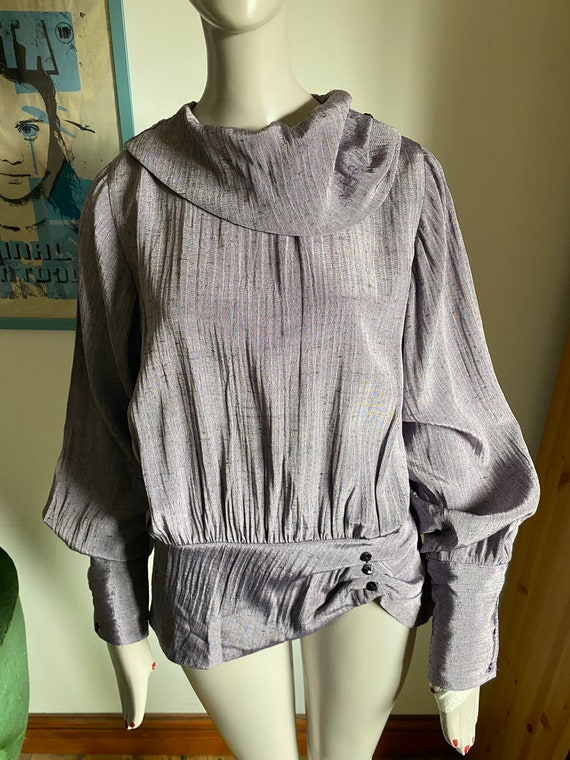1980s Statement Blouse in Purple with Statement C… - image 4