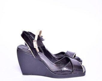 8e25b651ead8 Leather DKNY Wedges   Vintage 90 s Slingback Real Genuine Leather Strappy Sandal  Shoes