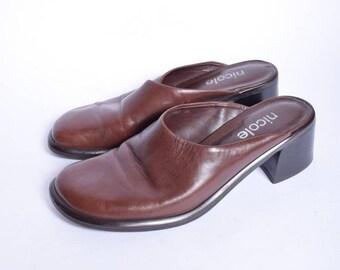 3cdc93edd5ea Slipper Sandal Mules   Vintage 90 s Chunky Heel Clogs   Real Leather Brown  Mules   Genuine Leather Chunky Heel Mules