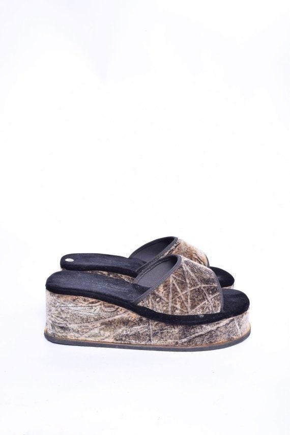 Vintage 90's Velvet Platform Sandals / Velvet Plat