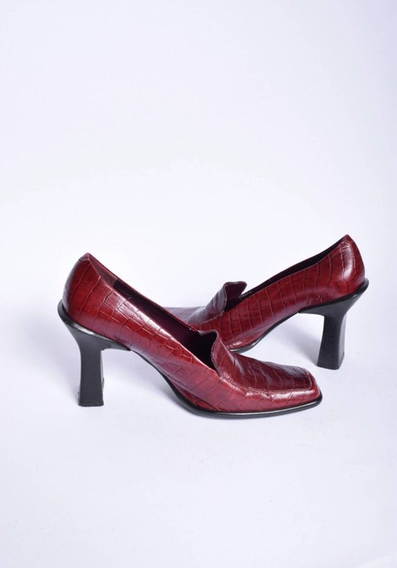 1d58506b85f46 Burgundy Red Alligator Chunky Heels /Vintage 90's Real Leather Red Heels /  Genuine Leather Red Pumps