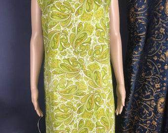 Fabulous Vintage paisley Fabric Retro 1960s Cotton Dress Shift Dress Mod Gogo Size Medium 12/14