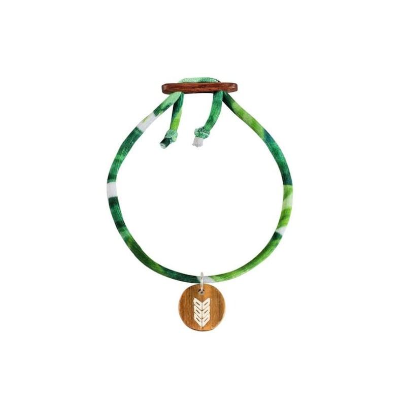 Lycra bracelet with Driftwood /'Arrow/' Charm summer surfer travel jewelry