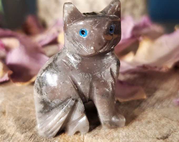 Dolomite Cat Spirit Animal/Totem