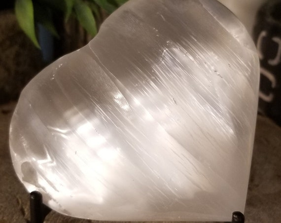 Selenite Heart S178