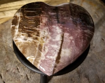Petrified Wood Heart (p25)