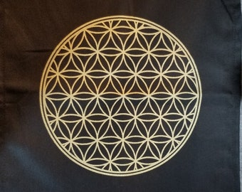 Crystal Grid Featuring The Flower Of Life