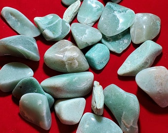 Green Aventurine Crystal Tumbled Stone TGAVEN1