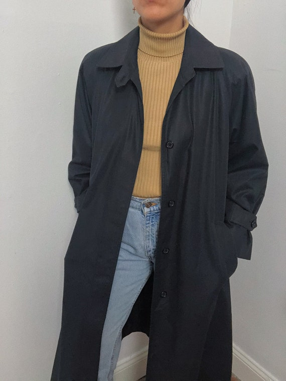 Vintage Black Trench Coat with removable  thinsula