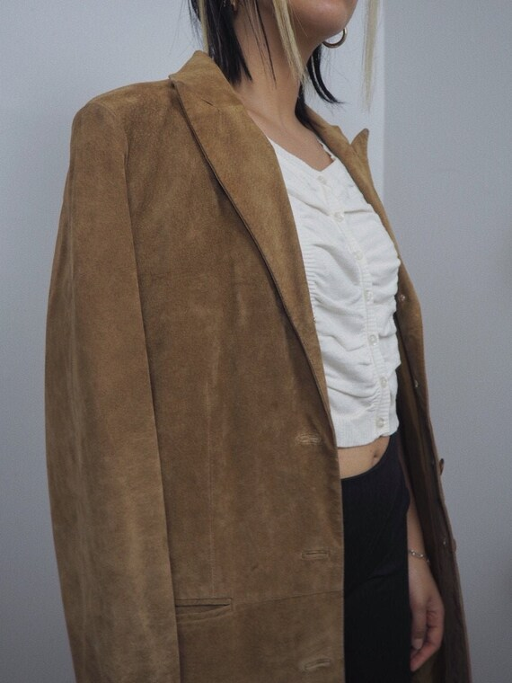 Vintage Beautiful 1990s Tan Suede Trench   100% Le